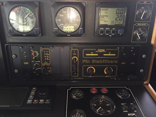 "19"" Koopnautic FAL124 besturing"