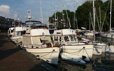 Rendezvous von Grand Banks und DMS Holland